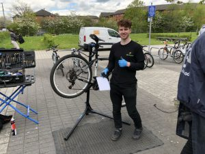 Dr Bike session at Springburn campus - technician