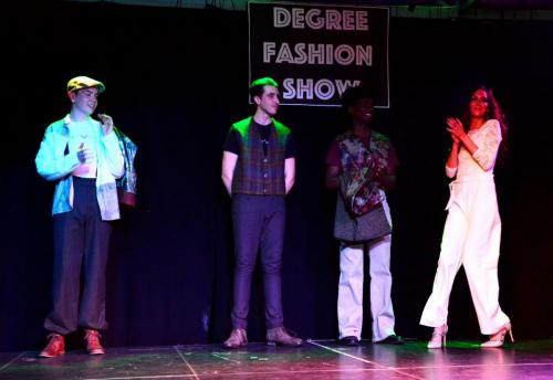Blog - Degree Fashion Show 11 220618
