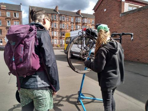 Dr Bike session at West End campus - cycle maintenance