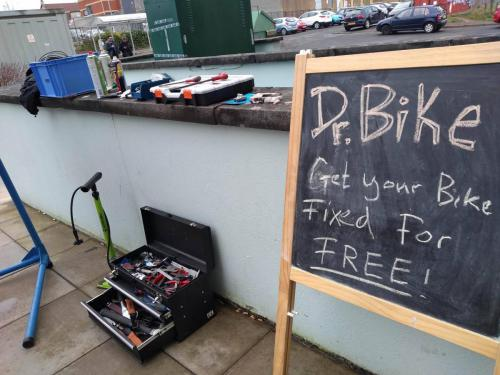 Dr Bike at Easterhouse sign