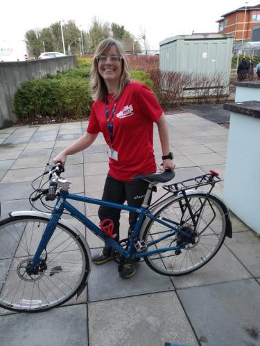 Sandra with Dr Bike at Easterhouse
