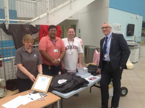 Derek Smeall with staff and helpers at Freshers stall