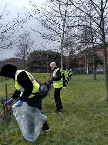 litter picking in Springburn