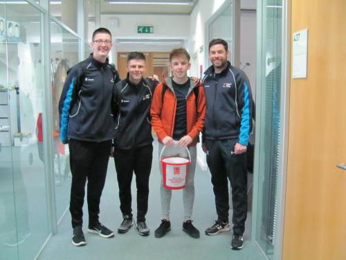 students collecting for fundraiser
