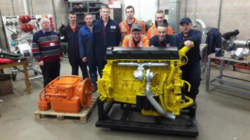 students with GKC Plant equipment
